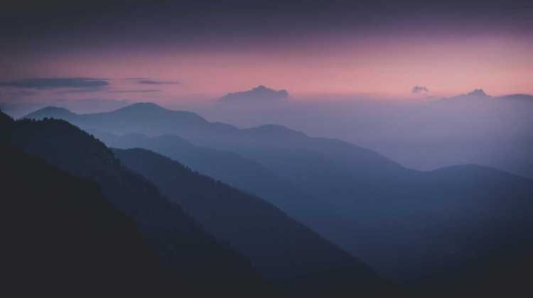 mountaindawn.jpg