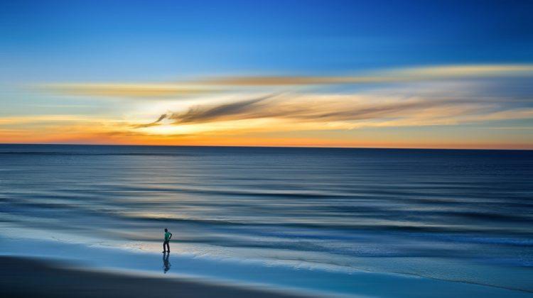 beach-1850218_1920.jpg