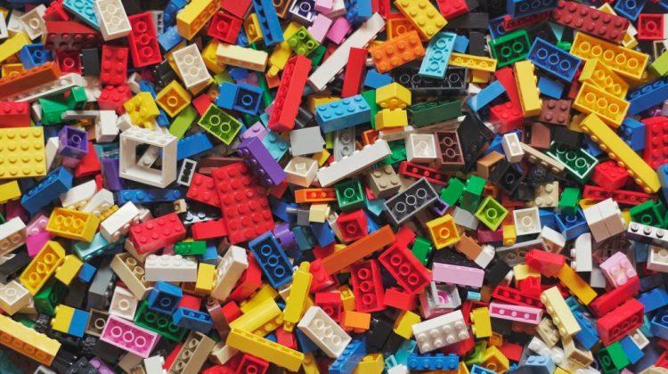 lego-simple-blocks-1.jpg